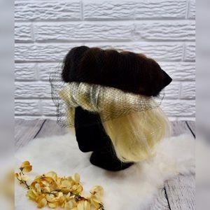 Vtg 40s/50s | Veiled Black Velvet & Brown Fur Hat